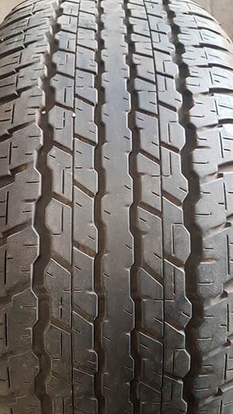 One Dunlop 285/60R18 Tyre 2
