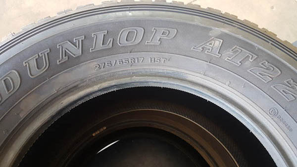 Two Dunlop AT22 275/65R17 Tyres 1