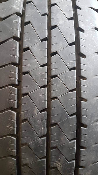 One Goodyear 195/70R15 Tyre 2